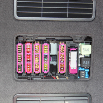 Sicherungshalter Audi A8 SH 10-